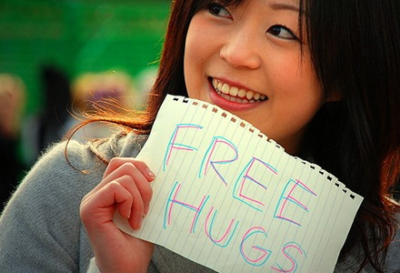 free-hugs-small