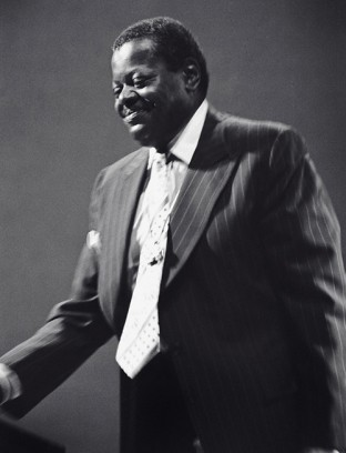 oscar-peterson-wordpress-3-6-312x408.jpg