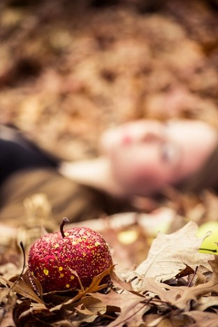 Snow White is poisoned by an apple