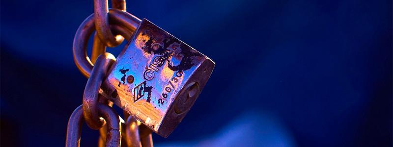 moyan-brenn-padlock
