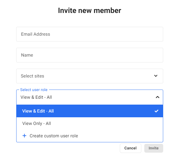 Select role when inviting new team member to the Hub